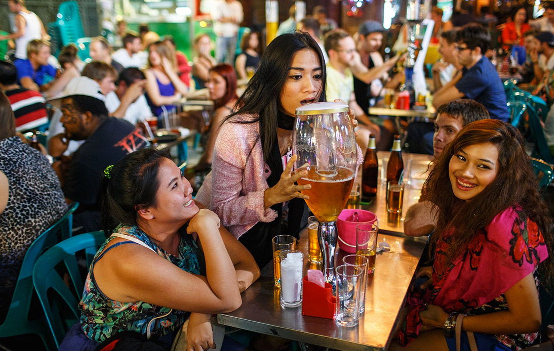 Nightlife Venues to Reopen As Thailand Enters the Last Phase