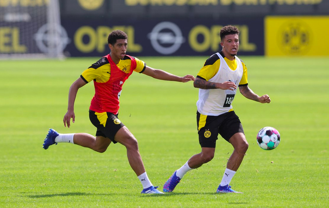Jadon Sancho Happy to Be Mentor to Dortmund's Youngsters