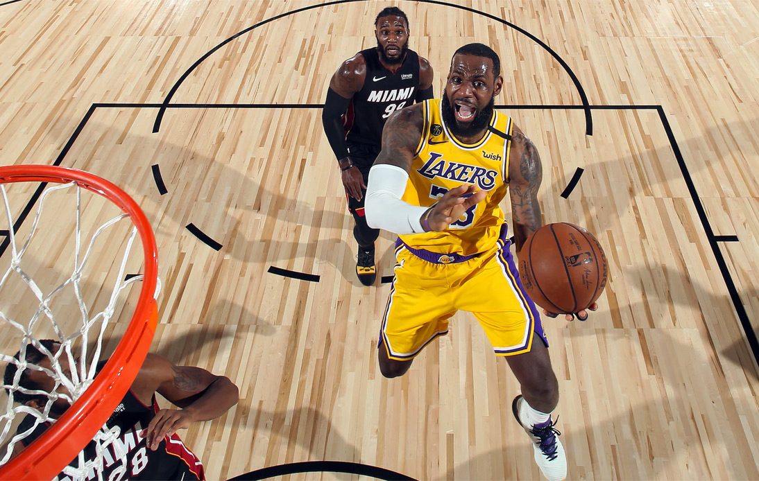 LeBron James and the Lakers quickly carved up the Heat's defense in Game 1