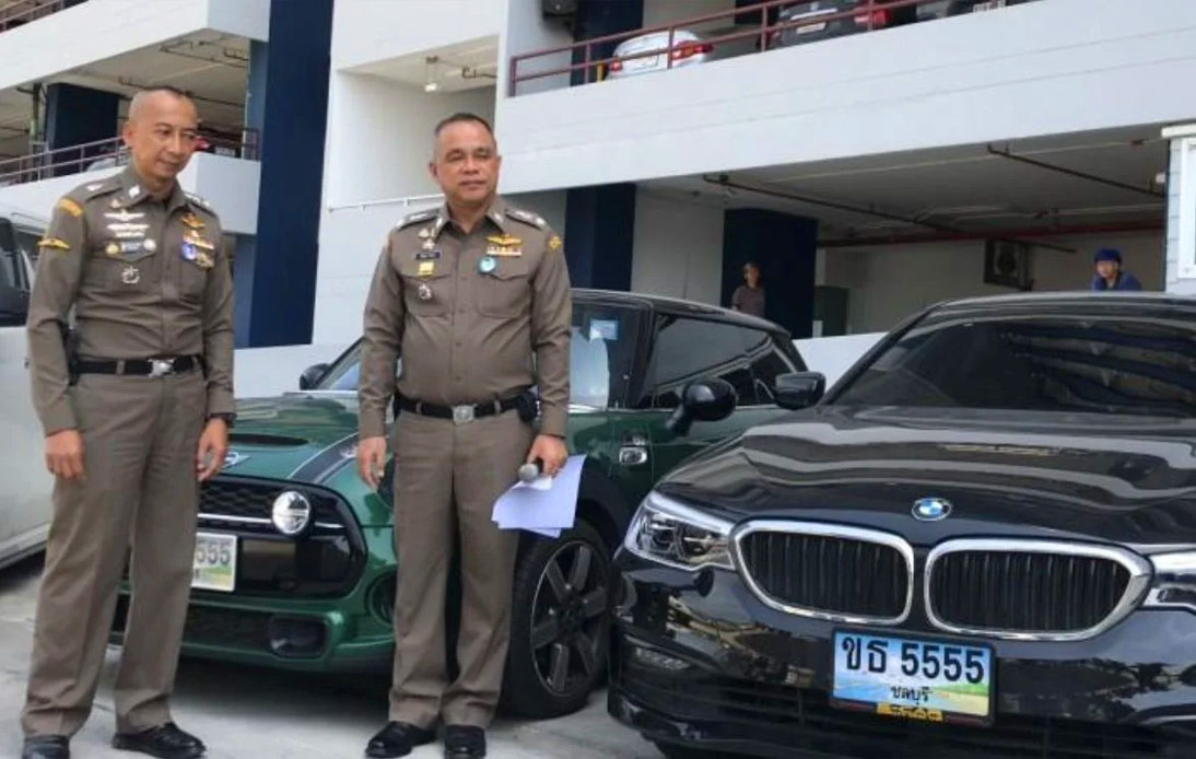 There're 8 luxury cars from the illegal online gambling ring were seized by polices.