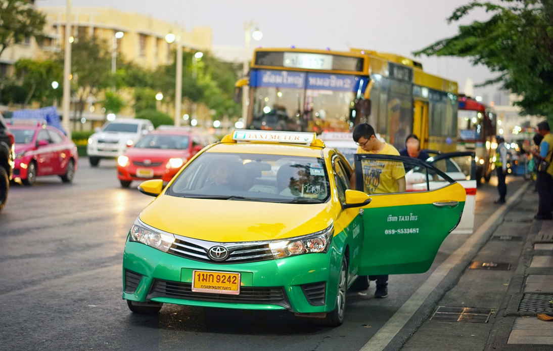 Bangkok Taxis Can Now Charge Passengers Extra for Luggage