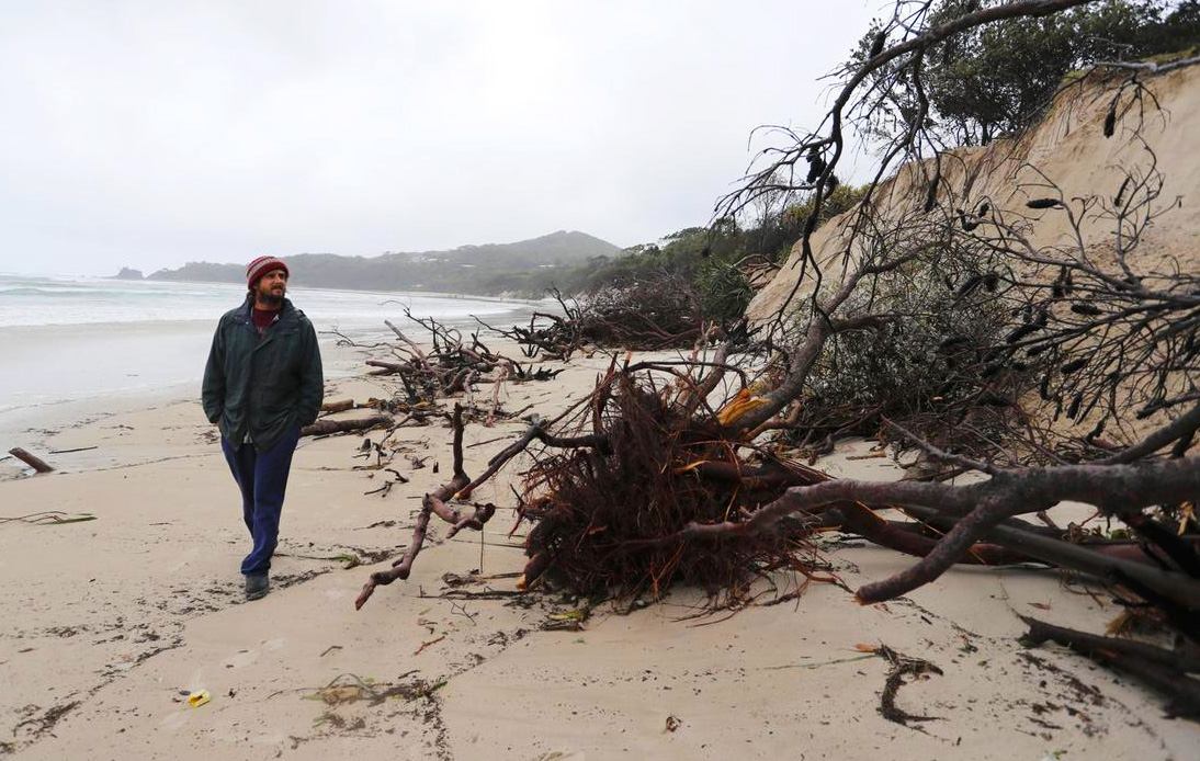 Storms in Australia: Byron Bay's Main Beach Almost Gone