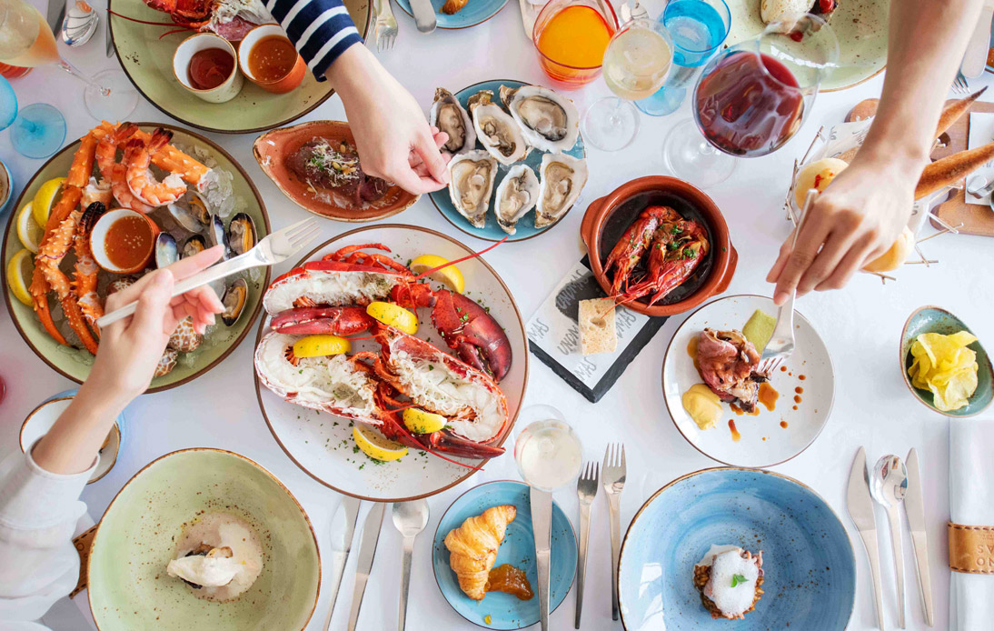 Stylish Sunday Brunch With Free-Flow Champagne at UNO MAS