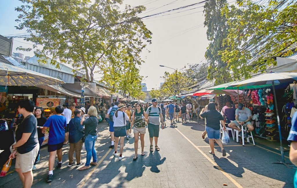 Chatuchak Market Will Be Open Six Days a Week