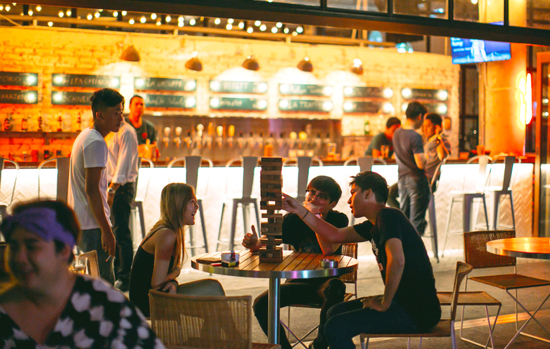 Entertainment Venues in Three Bangkok Districts Must Shut