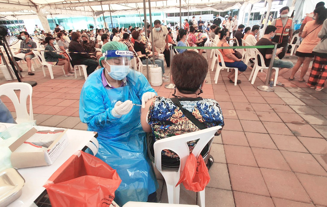 Bangkok Authorities Adds More Jab Stations To Speed Up Vaccinations