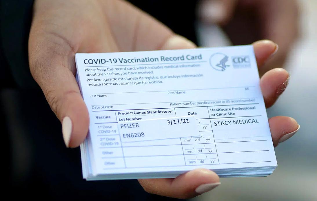 """Dubai Airport Boss Says Vaccine Passports Are """"Inevitable"""""""