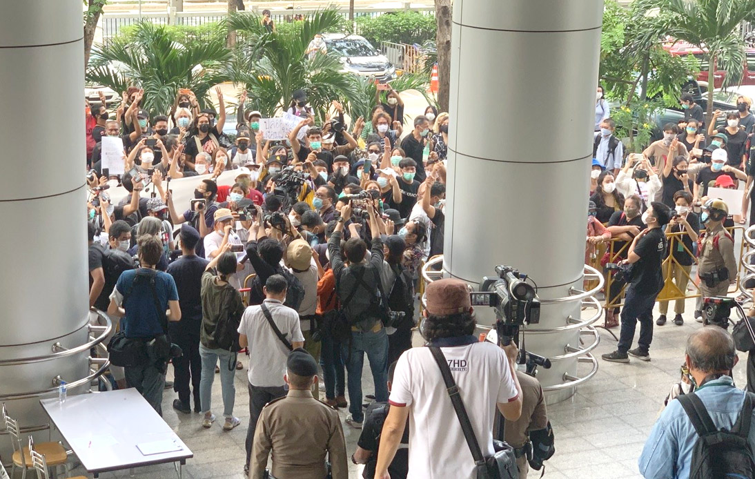 Protesters Rally Outside Criminal Court Demanding Pro-Democracy Leaders' Release