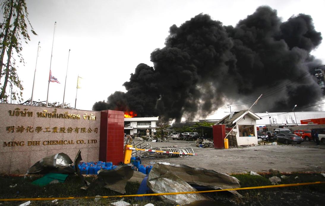 Resurgent Fire Eventually Put Out at Samut Prakan Factory