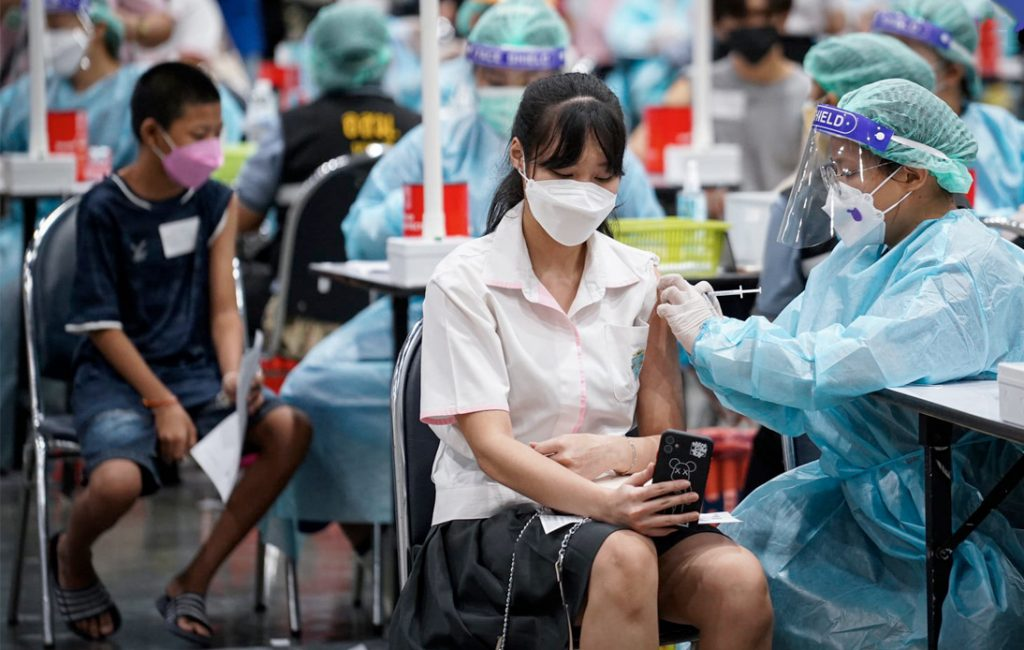 70% of Bangkokians Vaccinated, Country's Daily Cases Drop